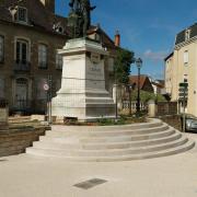 Place carnot à Nolay